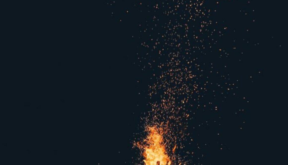 Laga mat över öppen eld